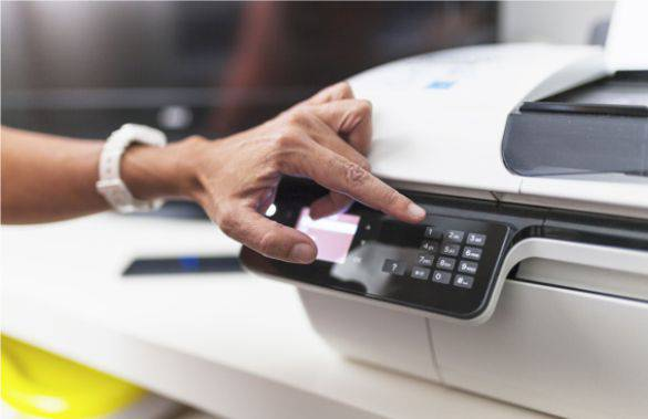 Mi a különbség az UV-, a szita- és az ofszet nyomtatás között?