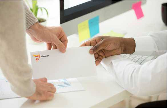 Hogyan tervezzünk gyorsan és egyszerűen mutatós borítékot?